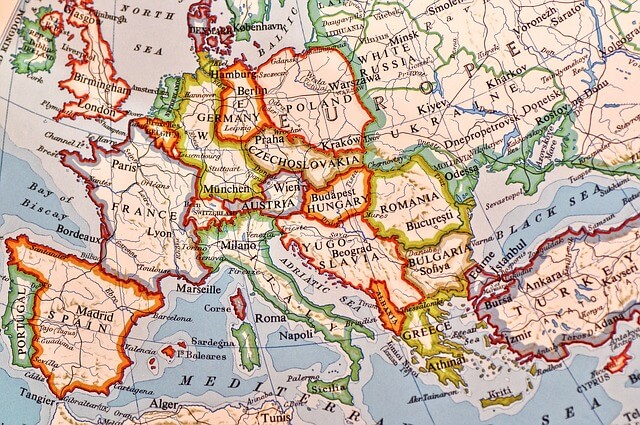 Expert tips for driving in Europe